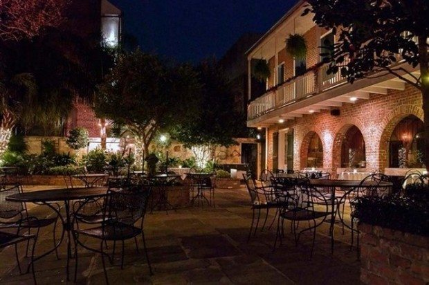 Broussard's Patio, Top Patio Restaurants in New Orleans